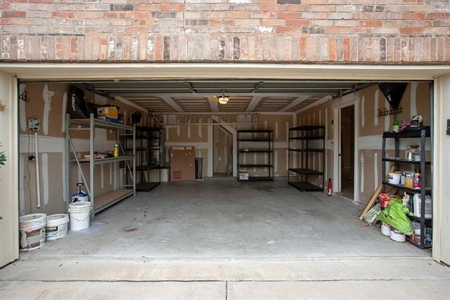 4 Bedrooms, Virginia Hills Rental in Dallas for $2,300 - Photo 2