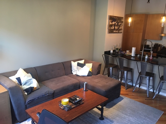 1 Bedroom, Near West Side Rental in Chicago, IL for $2,000 - Photo 2