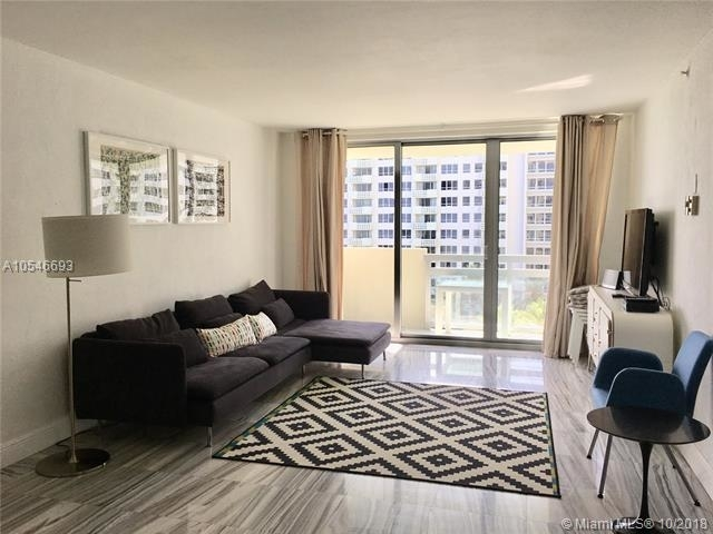 2 Bedrooms, West Avenue Rental in Miami, FL for $3,200 - Photo 1