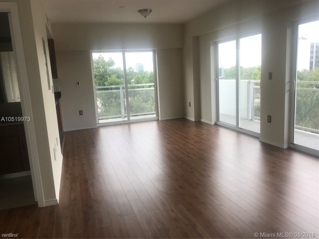 2 Bedrooms, Coral Way Rental in Miami, FL for $2,100 - Photo 1