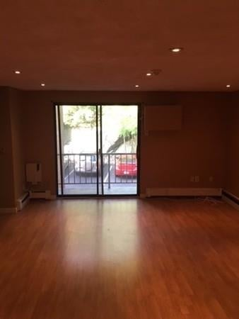 2 Bedrooms, Maplewood Highlands Rental in Boston, MA for $2,050 - Photo 2