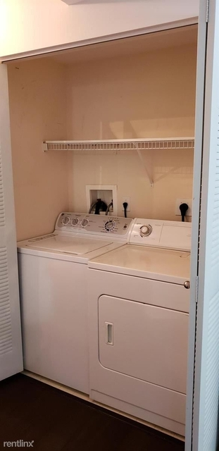 2 Bedrooms, Parkside Rental in Miami, FL for $1,800 - Photo 2