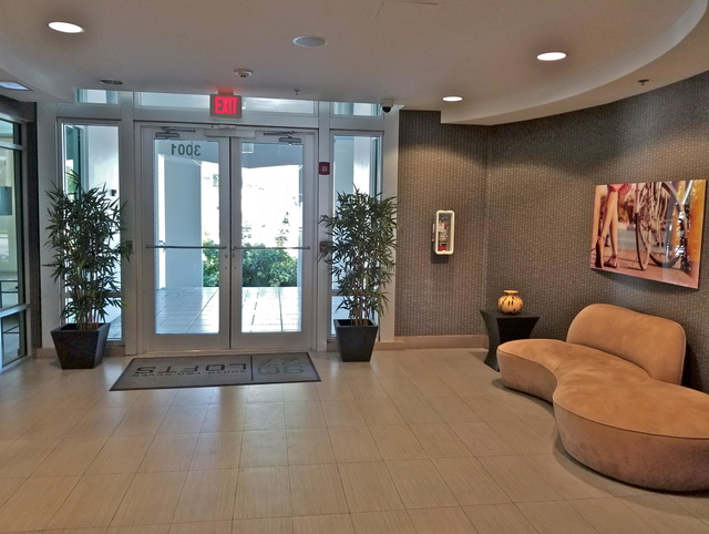 1 Bedroom, Northeast Coconut Grove Rental in Miami, FL for $1,895 - Photo 2