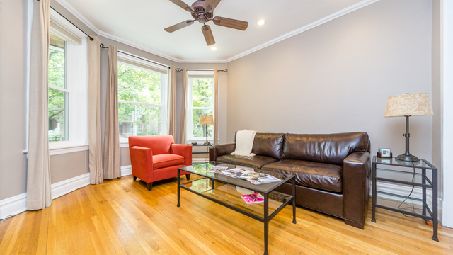 3 Bedrooms, North Center Rental in Chicago, IL for $2,750 - Photo 2