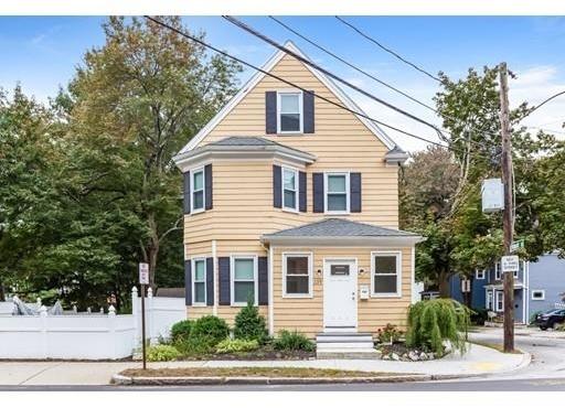4 Bedrooms, Newton Upper Falls Rental in Boston, MA for $4,000 - Photo 1