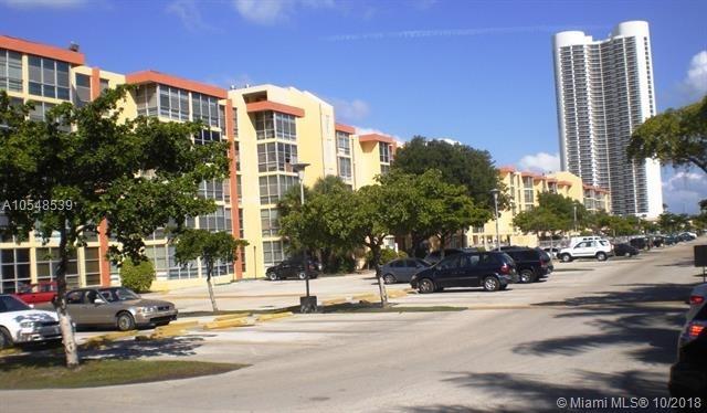 1 Bedroom, Golden Shores Ocean Boulevard Estates Rental in Miami, FL for $1,500 - Photo 2