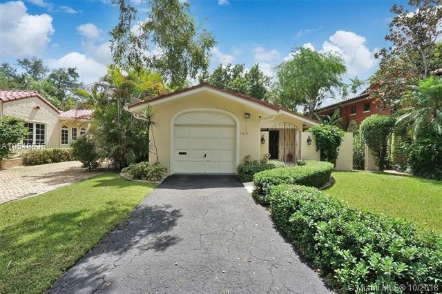 3 Bedrooms, Coral Gables Section Rental in Miami, FL for $3,450 - Photo 2
