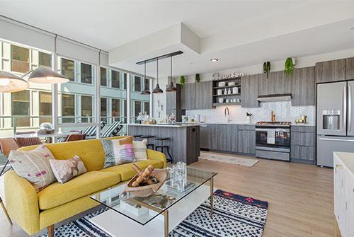 1 Bedroom, Evanston Rental in Chicago, IL for $2,030 - Photo 1