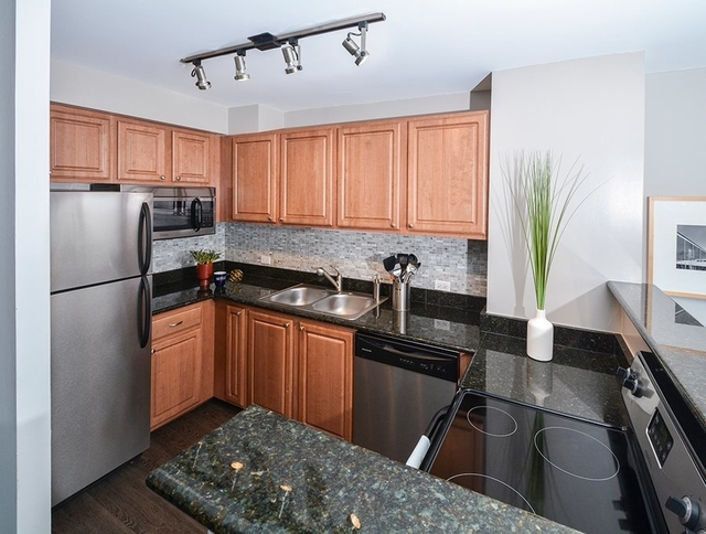 1 Bedroom, Buena Park Rental in Chicago, IL for $1,610 - Photo 2