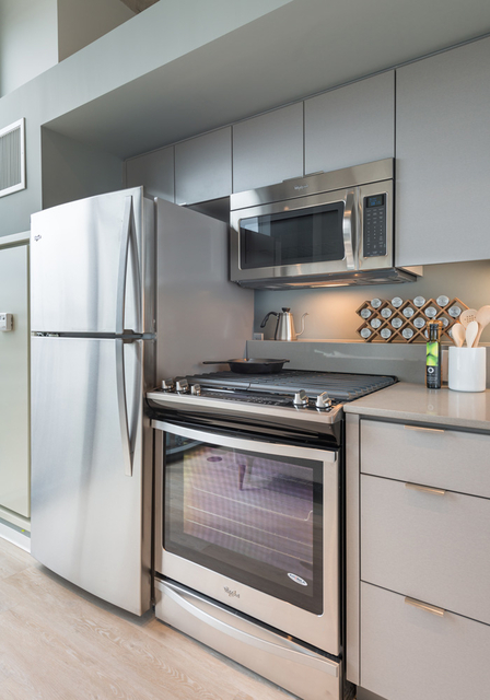 2 Bedrooms, Logan Square Rental in Chicago, IL for $2,395 - Photo 2