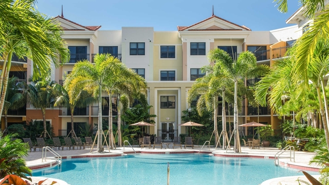 2 Bedrooms, Sawgrass Lakes Rental in Miami, FL for $1,827 - Photo 1