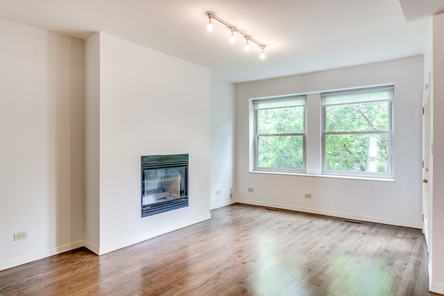 3 Bedrooms, Sheridan Park Rental in Chicago, IL for $3,200 - Photo 2