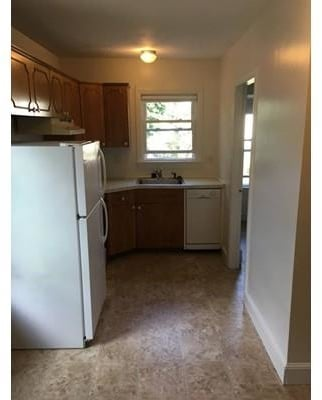 3 Bedrooms, Bank Square Rental in Boston, MA for $2,160 - Photo 2