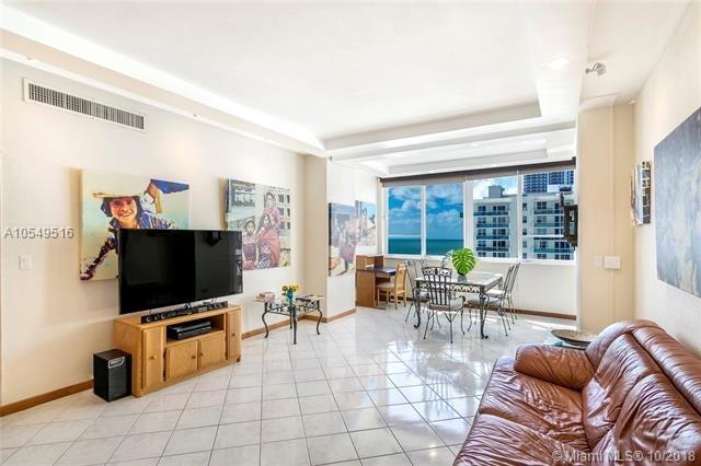2 Bedrooms, Oceanfront Rental in Miami, FL for $2,650 - Photo 2