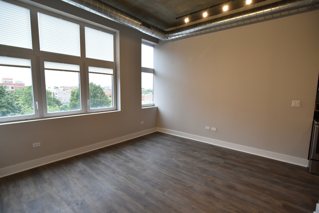 2 Bedrooms, Lake View East Rental in Chicago, IL for $3,100 - Photo 2