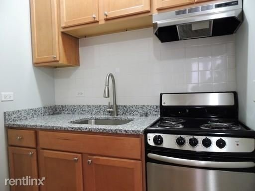 3 Bedrooms, Rogers Park Rental in Chicago, IL for $1,650 - Photo 2