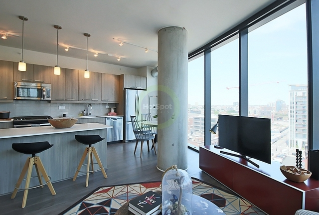 2 Bedrooms, Fulton Market Rental in Chicago, IL for $3,578 - Photo 2