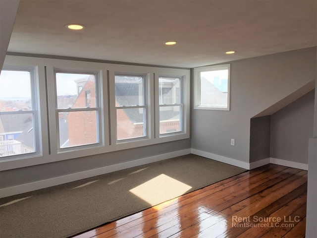 3 Bedrooms, Thompson Square - Bunker Hill Rental in Boston, MA for $3,500 - Photo 2