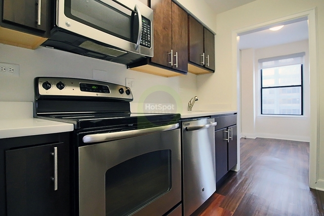 1 Bedroom, Gold Coast Rental in Chicago, IL for $1,416 - Photo 2