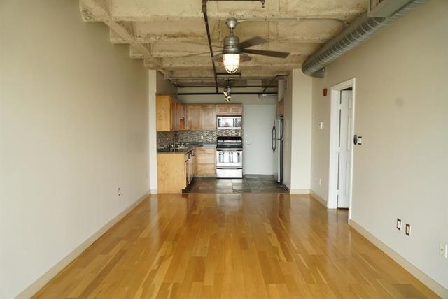 1 Bedroom, Neartown - Montrose Rental in Houston for $1,390 - Photo 2