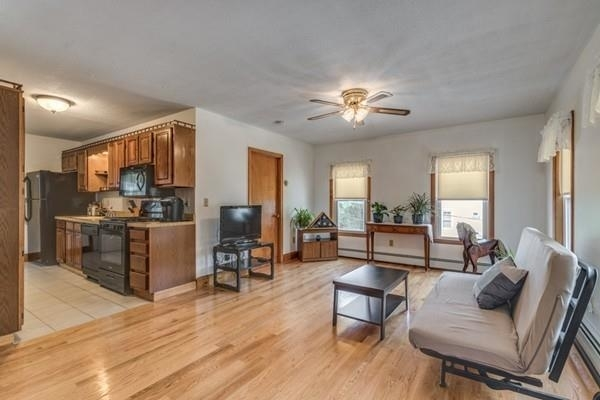 3 Bedrooms, Maplewood Highlands Rental in Boston, MA for $2,200 - Photo 2