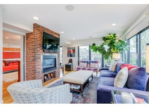 3 Bedrooms, Columbus Rental in Boston, MA for $9,000 - Photo 2