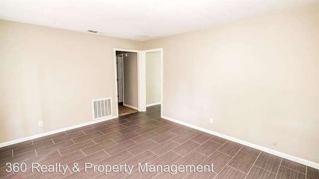 4 Bedrooms, Gulf Palms Rental in Houston for $1,295 - Photo 2