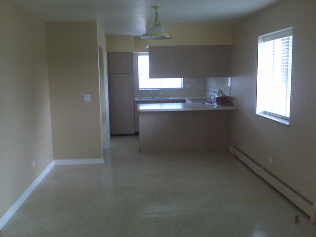 2 Bedrooms, Park Ridge Rental in Chicago, IL for $1,200 - Photo 2