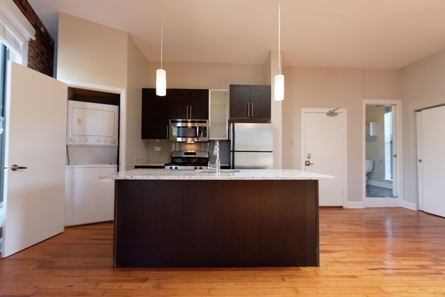 1 Bedroom, Lincoln Park Rental in Chicago, IL for $2,155 - Photo 2