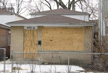 4 Bedrooms, Grand Crossing Rental in Chicago, IL for $1,350 - Photo 1
