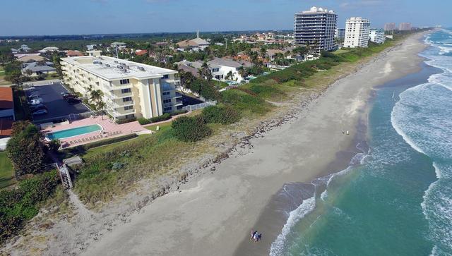 2 Bedrooms, Beachfront at Juno Beach Rental in Miami, FL for $3,800 - Photo 2
