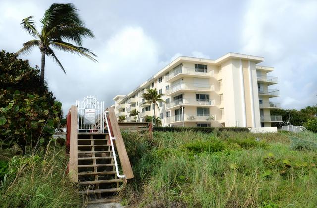 2 Bedrooms, Beachfront at Juno Beach Rental in Miami, FL for $3,800 - Photo 1