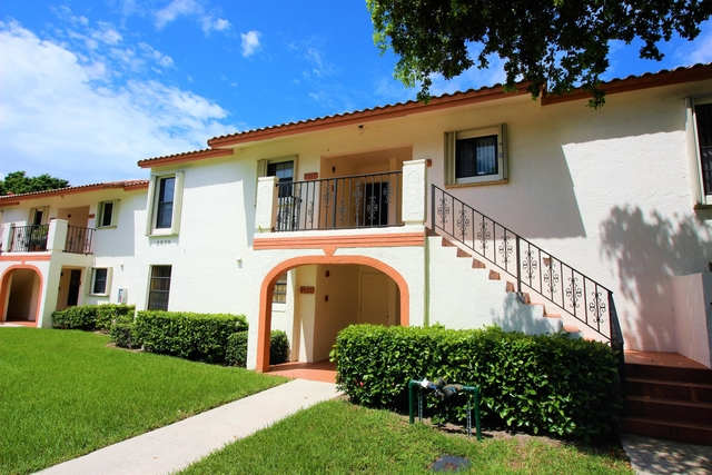 2 Bedrooms, Windwood Rental in Miami, FL for $1,600 - Photo 1