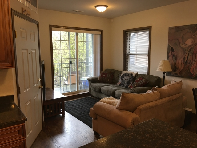 3 Bedrooms, Bucktown Rental in Chicago, IL for $2,400 - Photo 2