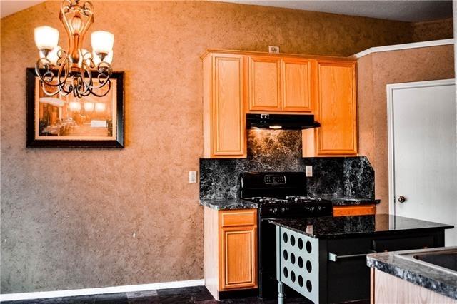 3 Bedrooms, Virginia Hills Rental in Dallas for $1,575 - Photo 2