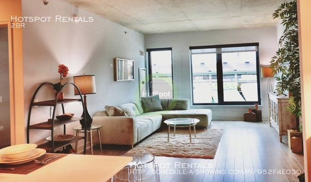 2 Bedrooms, Wrigleyville Rental in Chicago, IL for $3,364 - Photo 2
