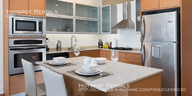 2 Bedrooms, Near West Side Rental in Chicago, IL for $3,630 - Photo 2