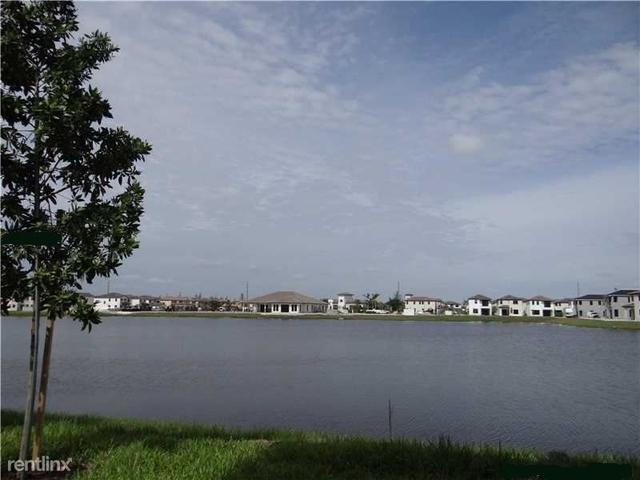 2 Bedrooms, Hialeah Rental in Miami, FL for $1,900 - Photo 2