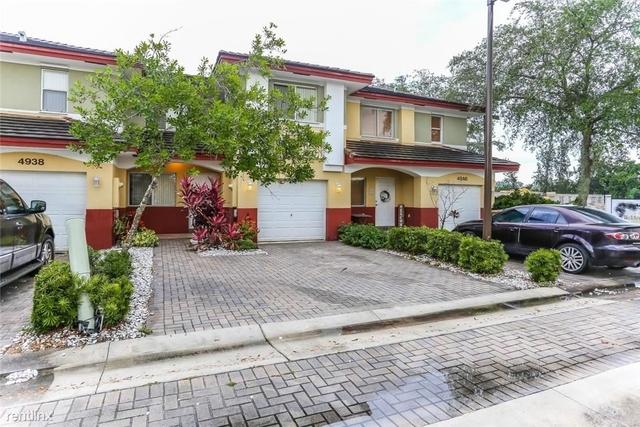 3 Bedrooms, Palm Garden Park Rental in Miami, FL for $1,799 - Photo 1