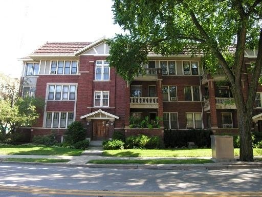 1 Bedroom, Oak Park Rental in Chicago, IL for $1,350 - Photo 1