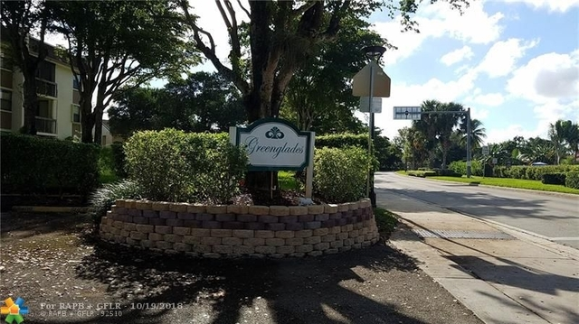 2 Bedrooms, Forest Hills Rental in Miami, FL for $1,395 - Photo 2