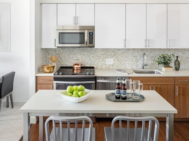 1 Bedroom, Bank Square Rental in Boston, MA for $2,575 - Photo 1