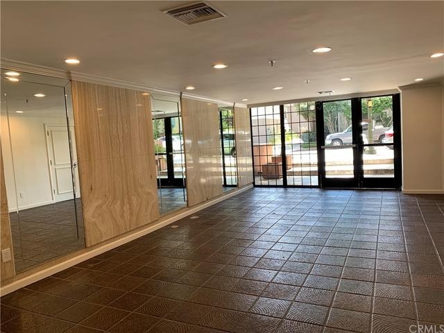 2 Bedrooms, Westwood North Village Rental in Los Angeles, CA for $3,850 - Photo 2