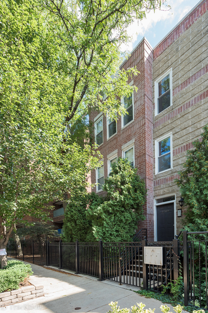 2 Bedrooms, Ranch Triangle Rental in Chicago, IL for $3,400 - Photo 2