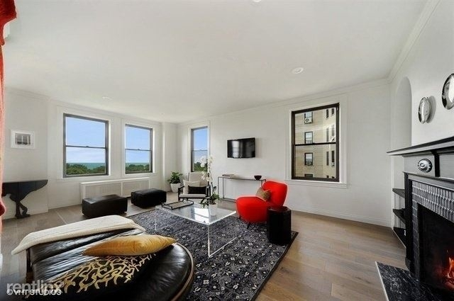 2 Bedrooms, Lincoln Park Rental in Chicago, IL for $3,200 - Photo 2