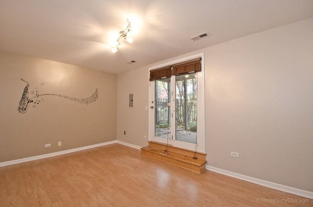 2 Bedrooms, Dearborn Park Rental in Chicago, IL for $2,800 - Photo 2