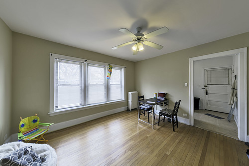 2 Bedrooms, Evanston Rental in Chicago, IL for $1,695 - Photo 2