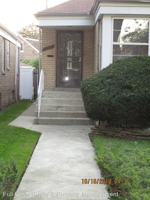 3 Bedrooms, Calumet Heights Rental in Chicago, IL for $1,700 - Photo 1