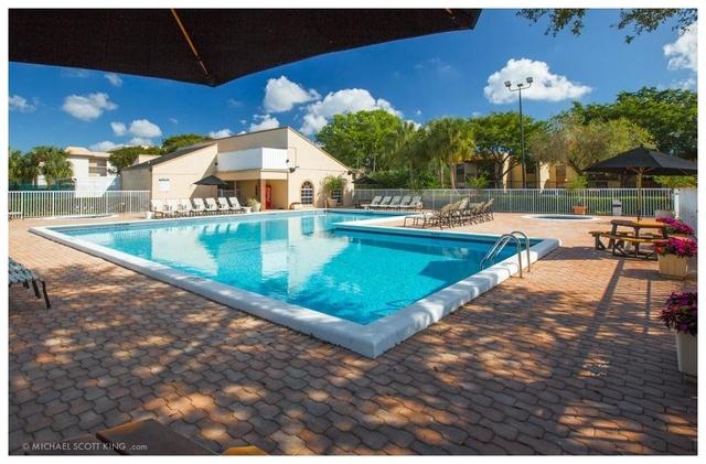 2 Bedrooms, Plantation Rental in Miami, FL for $1,650 - Photo 1