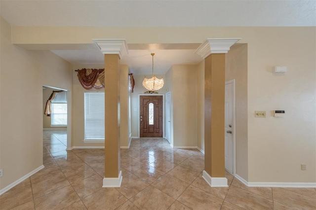4 Bedrooms, Bay Glen Rental in Houston for $1,800 - Photo 2